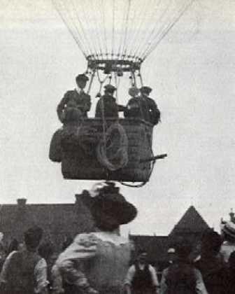 Vauxhall Balloon - Balloon ascent at Vauxhall 1908 Passenger